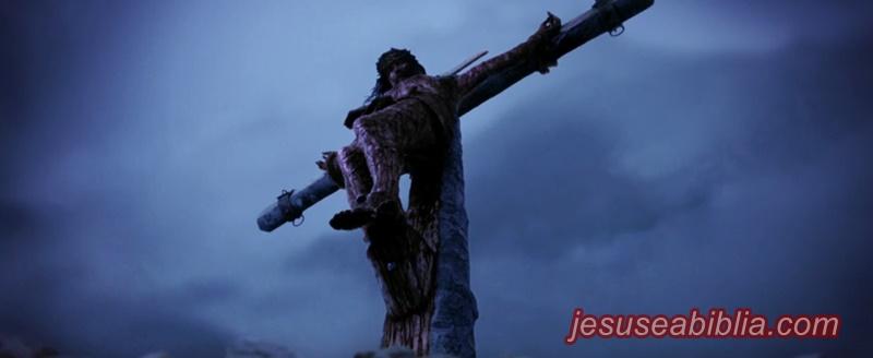 o sofrimento de jesus na cruz da crucificação até sua morte